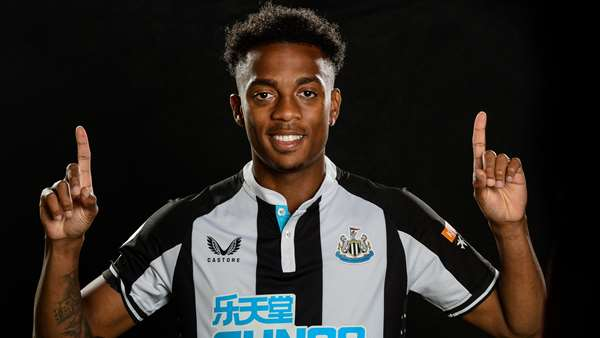 Newcastle United - Newcastle United sign Joe Willock on a permanent deal